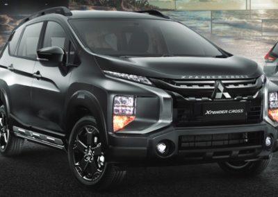 Xpander-Cross-RF-Black-Edition-1